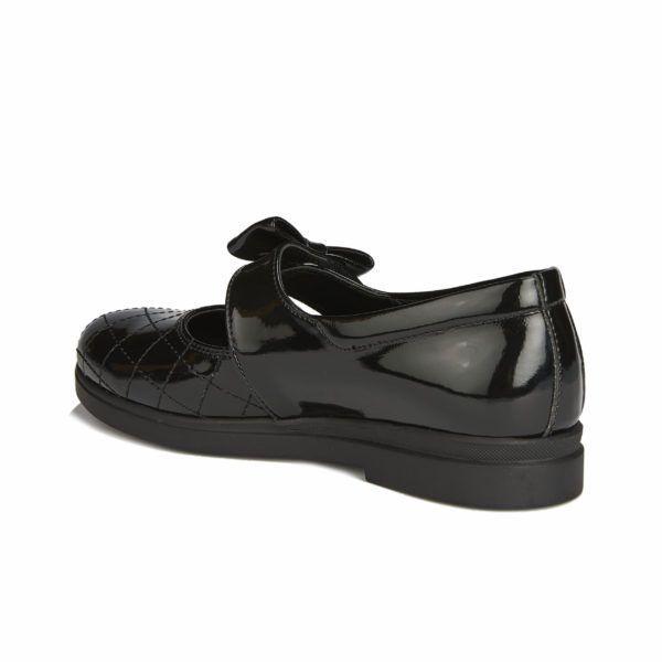 Школьные туфли Linda