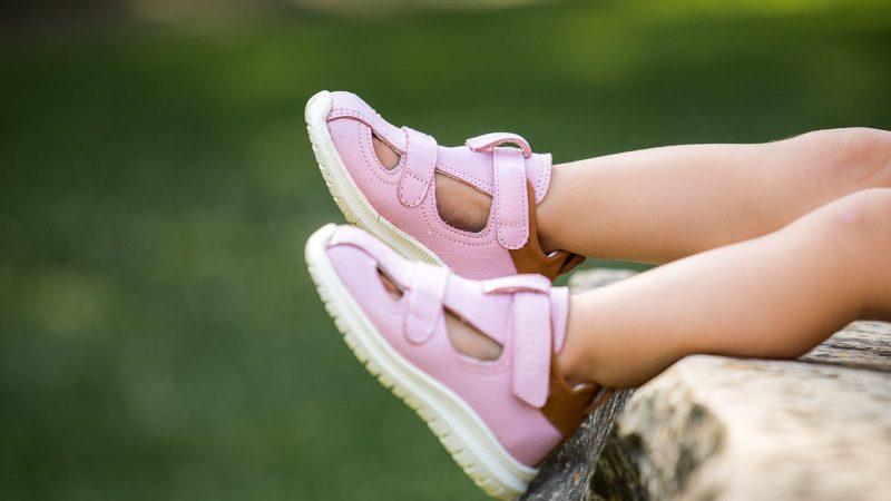 Все о детской летней обуви: виды и советы по выбору