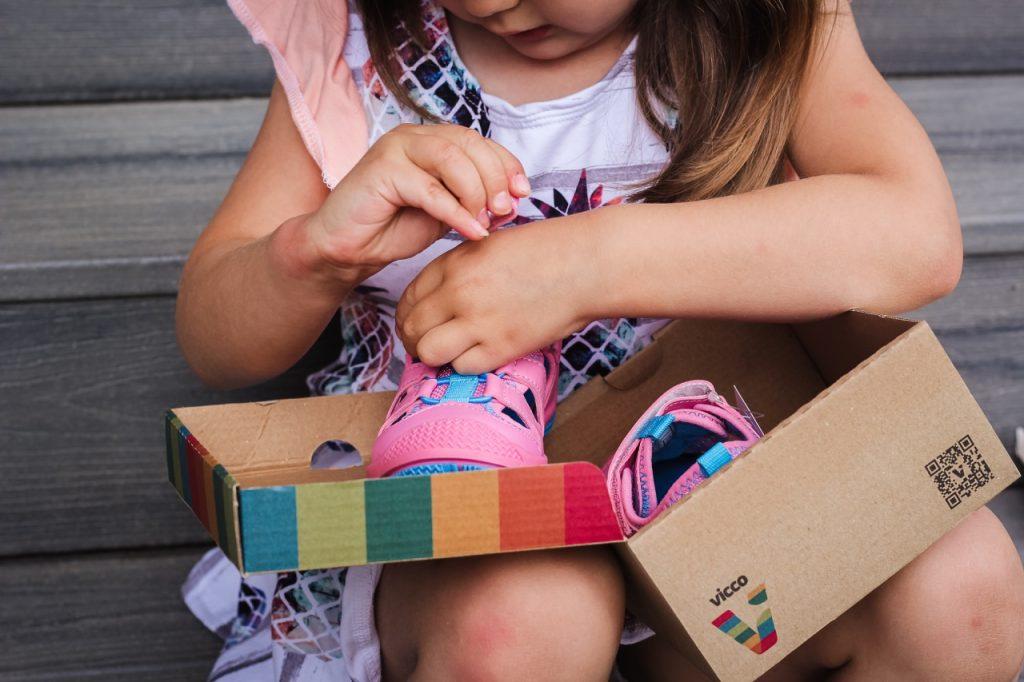 Где купить детскую обувь в Ташкенте: рынок или интернет-магазин?